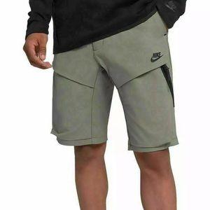 Nike Men's Shorts Sportswear Tech Pack 928617 004